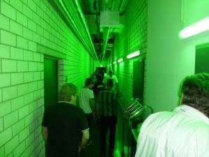Und los gehts in die Katakomben....natürlich mit grüner Beleuchtung...